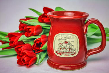 Red Wide Mouth mug with tulips