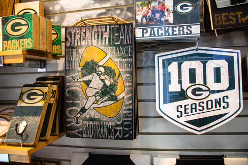 Packers wooden art and signs